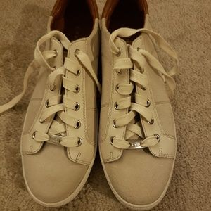 Coach Paddy womens sneakers size 10B gently worn